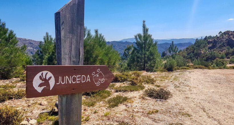 Placa Miradouro da Junceda
